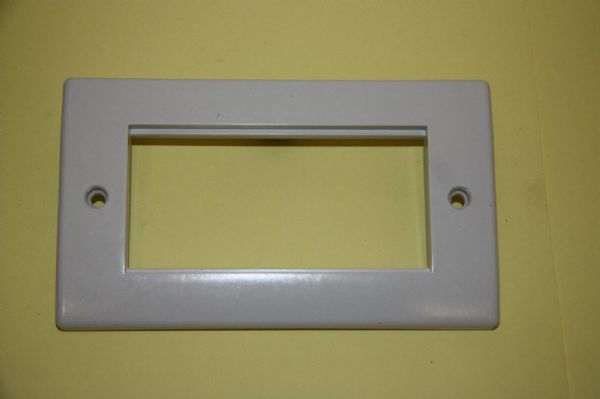 M2 2G4MP - White Moulded Two Gang Four Module Face Plate New